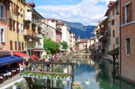 Romantikus Provence, kis svájci kitérõvel