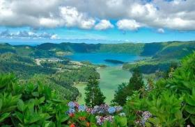 Azori-szigetek: körutazás tengerparti pihenéssel