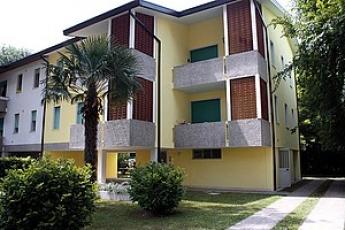 Tuia Apartmanház