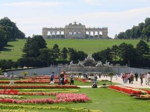 Bécs - Húsvéti vásár a Schönbrunni kastélynál