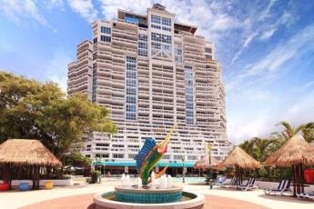 Bangkok **** 2 & 3éj és 7 & 9 & 12éj Hotel Andaman Beach Suites **** Phuket