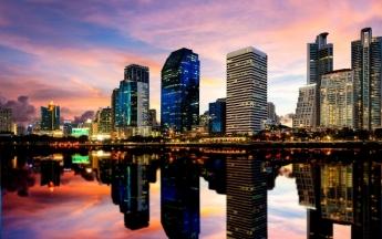 Bangkok **** 2 & 3éj és 7 & 9 & 12éj Patong Heritage **** Phuket