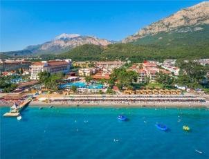 Crystal Aura Beach Resort & Spa *****
