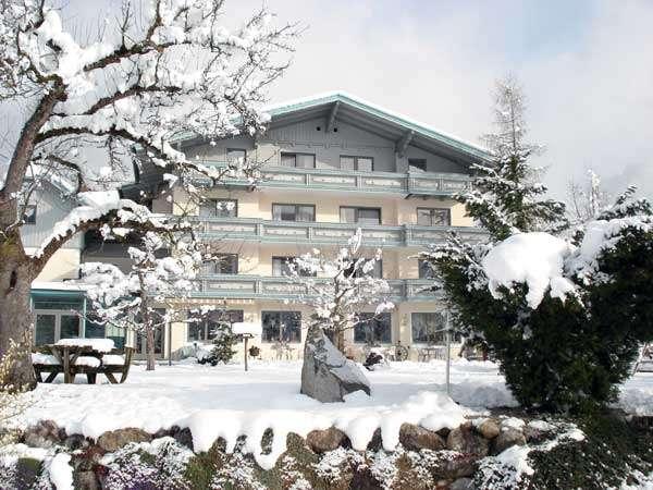 Hotel Hartweger  ***