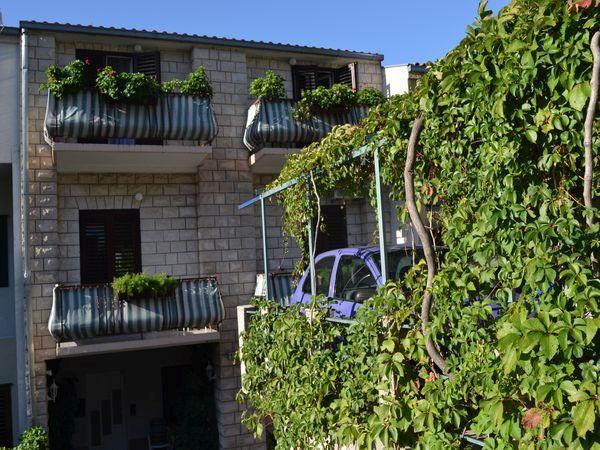 Ljuba Apartman *** Makarska