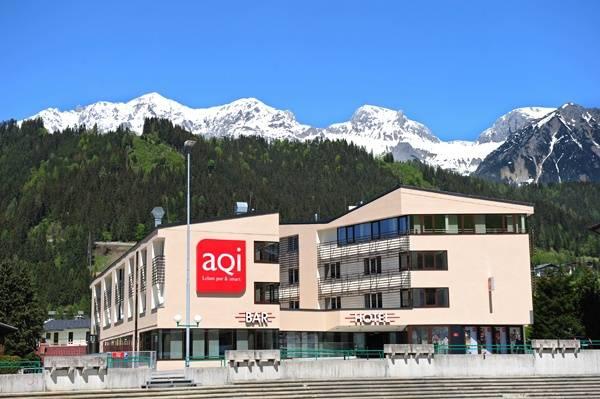 aQi Hotel