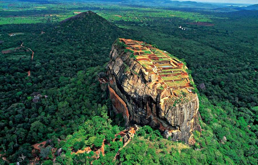 Srí Lanka körút + üdülés a Jetwing Sea Hotel****-ben - Sri Lanka ...