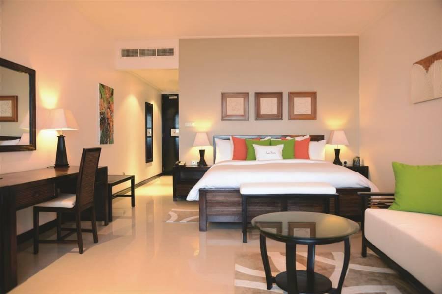 Seychelle-szigetek / Double Tree by Hilton Seychelles Allamanda Resort & SPA****+ / Mahé